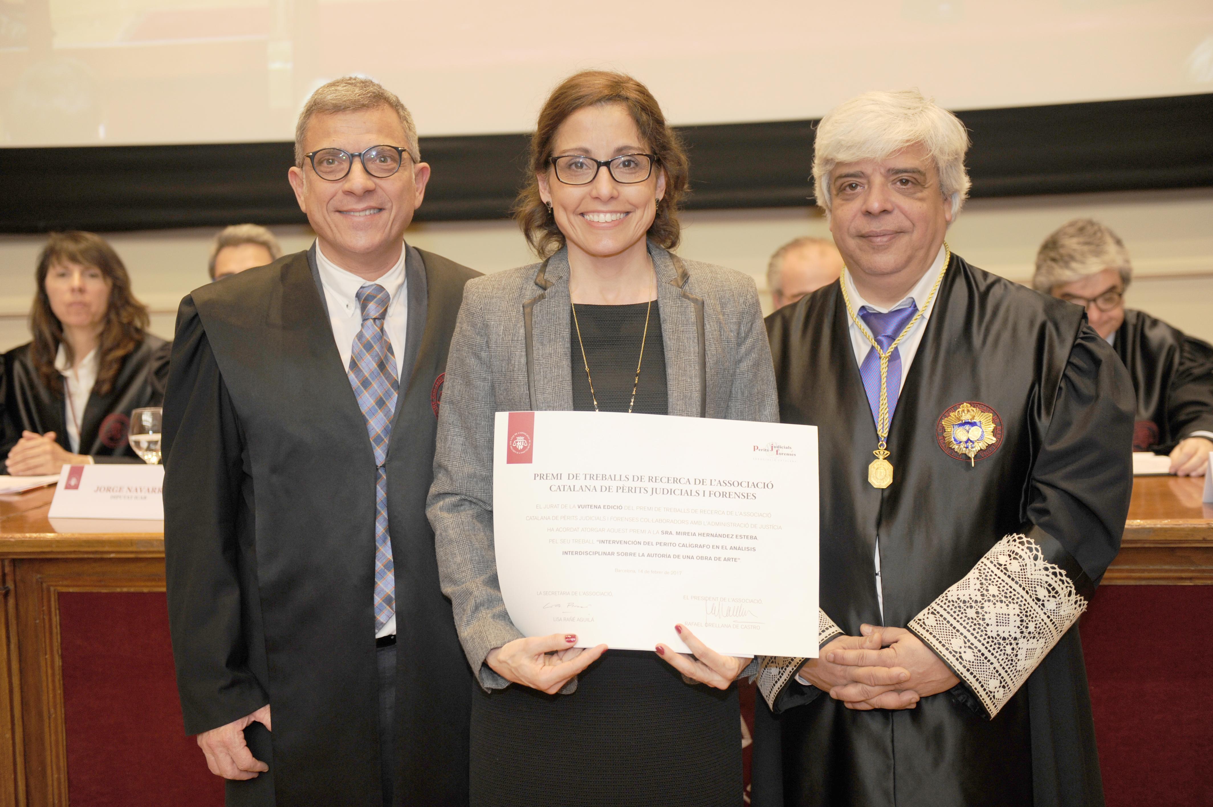 MIREIA HERNÁNDEZ guanya la VIII Edició del Premi de Treballs de Recerca convocat per l'Associació Catalana de Perits Judicials. 14 de febrer de 2017.