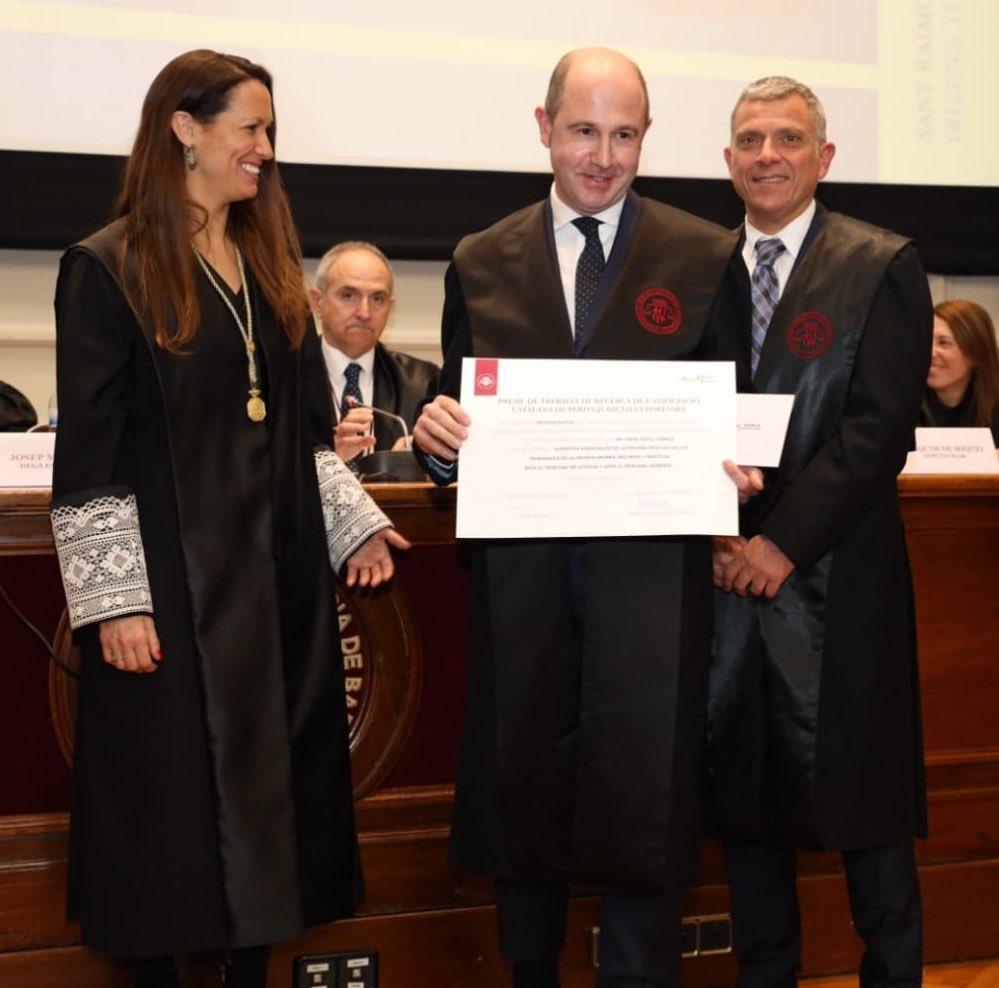 Lliurament de la X Edició del PREMI DE TREBALLS DE RECERCA convocat per l'Associació Catalana de Perits Judicials a l'ICAB, 11 de febrer de 2019.
